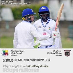 Wynberg Cricket Old Boy, Kyle Verreynne, raises his bat